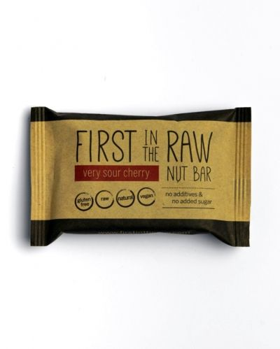 First in the RAW nut bar 50g CHERRY