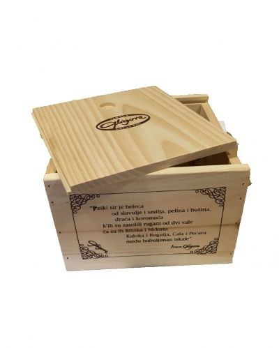 Wooden gift box for cheese